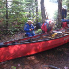 family-canoeing